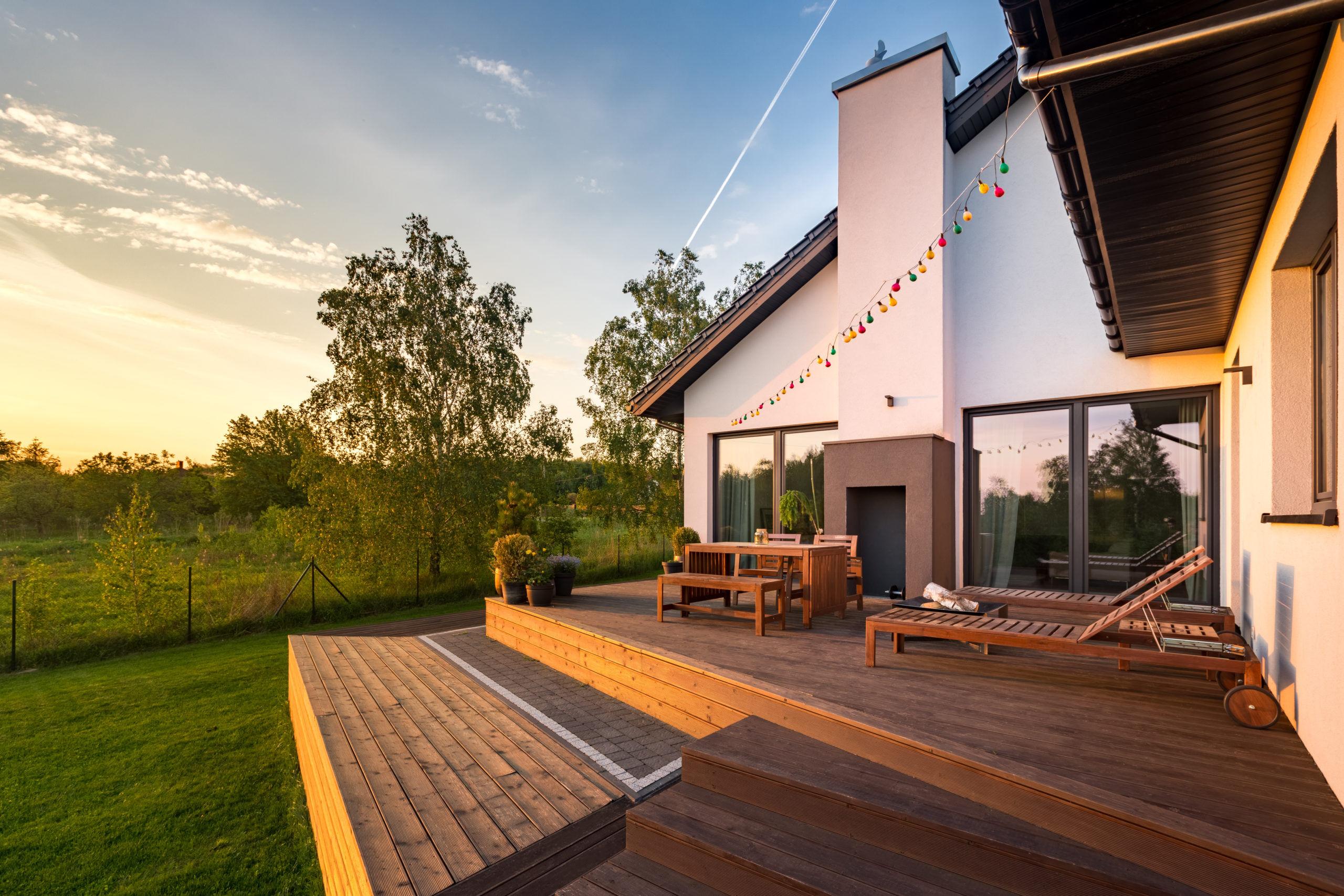 Terrasse bois avec différents niveaux