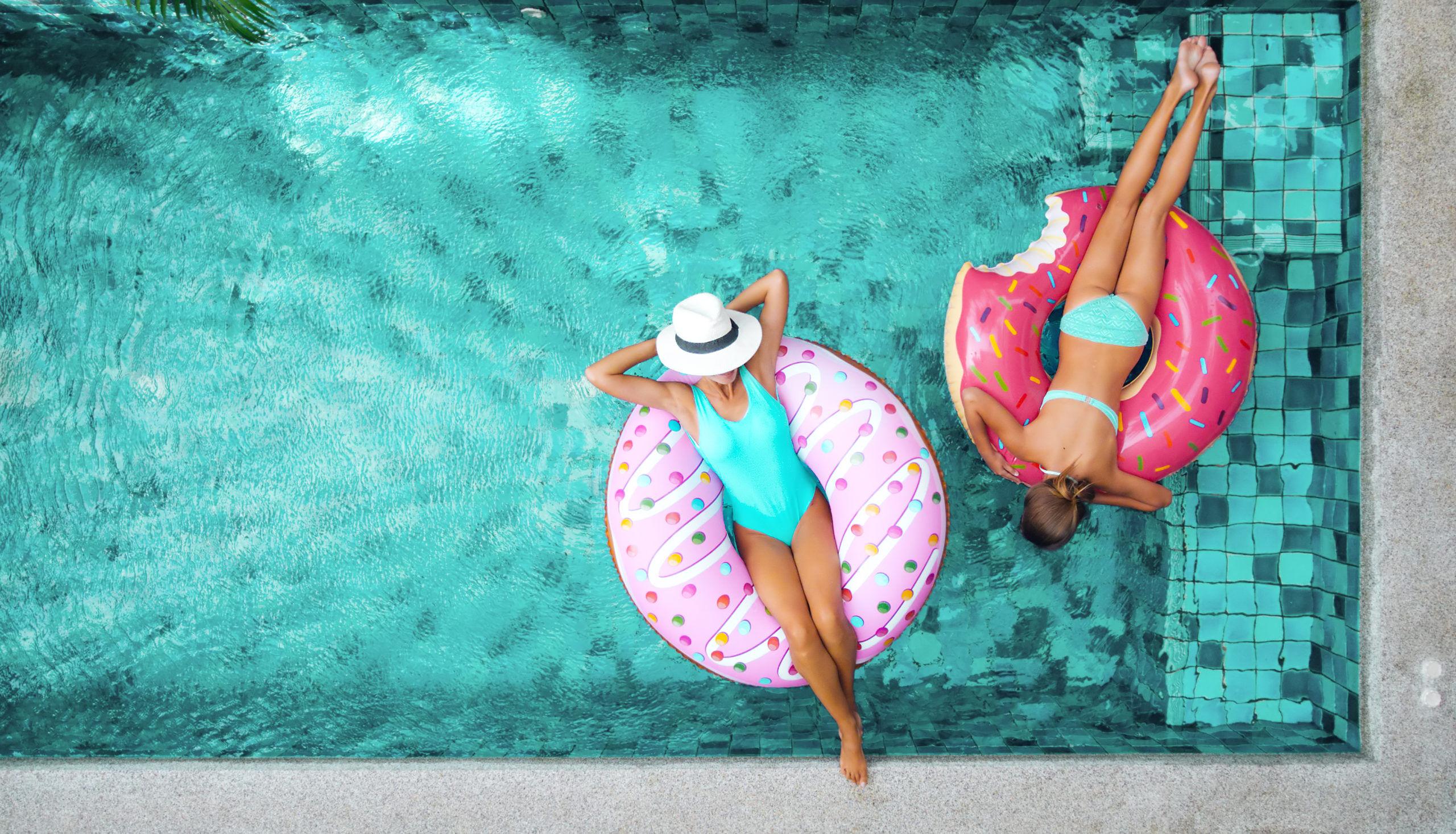 Installer une piscine ? le plaisir du bain en famille !
